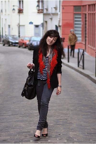 Street scarf 3