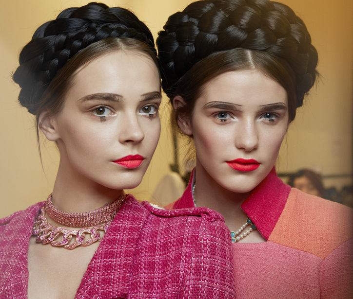Chanel-cruise-2016-seoul-lips-lashes-w724
