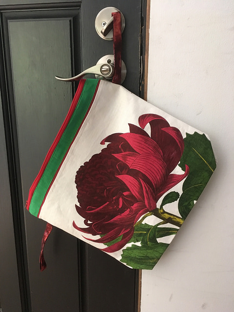 Best peony bag right side up