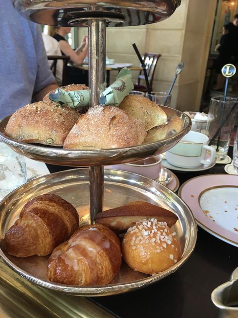 3 tier pastries