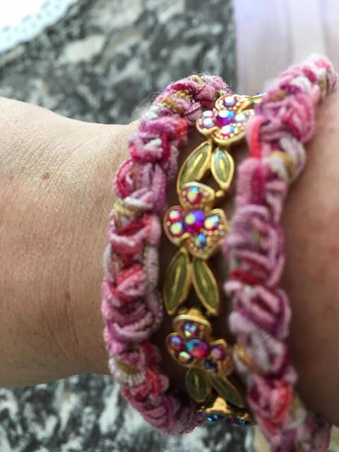 Title photo 2 bracelets closeup