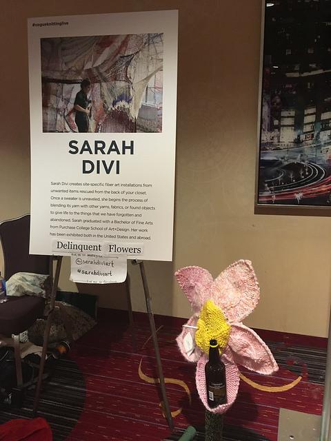 Sarah Divi Delinquent flowers
