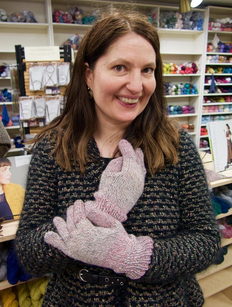 LeahB_gloves