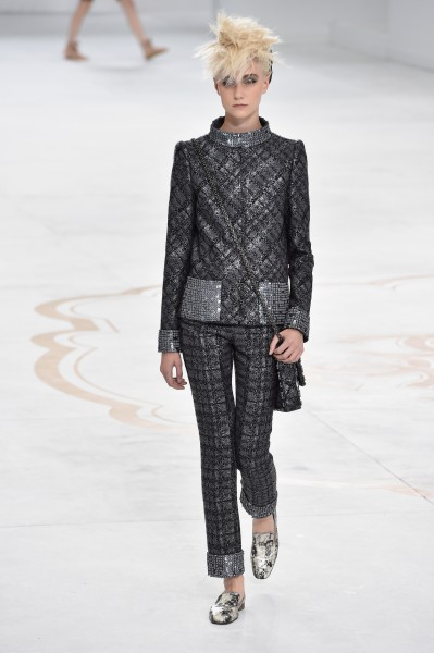 Chanel-runway-paris-fashion silver suit