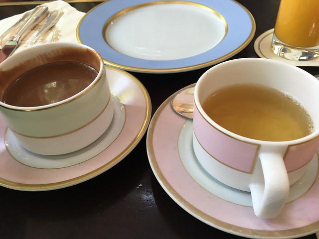 Tea chocolate Laduree