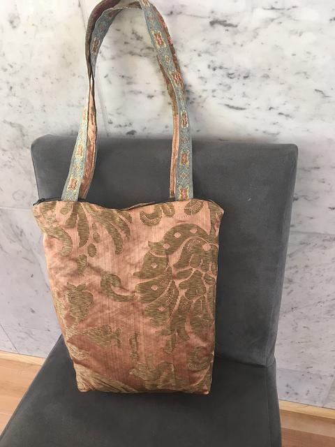 Puce silk Regency style bag